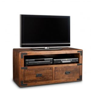 saratoga 48 tv console, living room, living room furniture, console, tv console, tv, hdtv, storage, storage ideas, solid wood, made in Canada, Canadian made, maple, oak, cherry, solid maple, heritage maple, solid oak, solid cherry, rustic, rustic design, drawer, drawers, shelves, storage solutions, custom, custom furniture, entertainment
