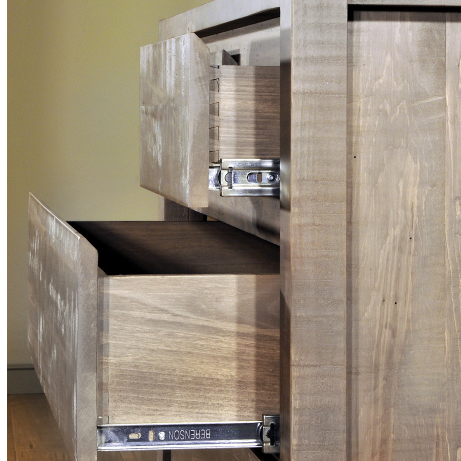 solid wood bedroom furniture, canadian made bedroom furniture, ruff sawn bedroom furniture, rustic wood bedroom furniture, modern bedroom furniture, solid wood construction, dovetailed drawer