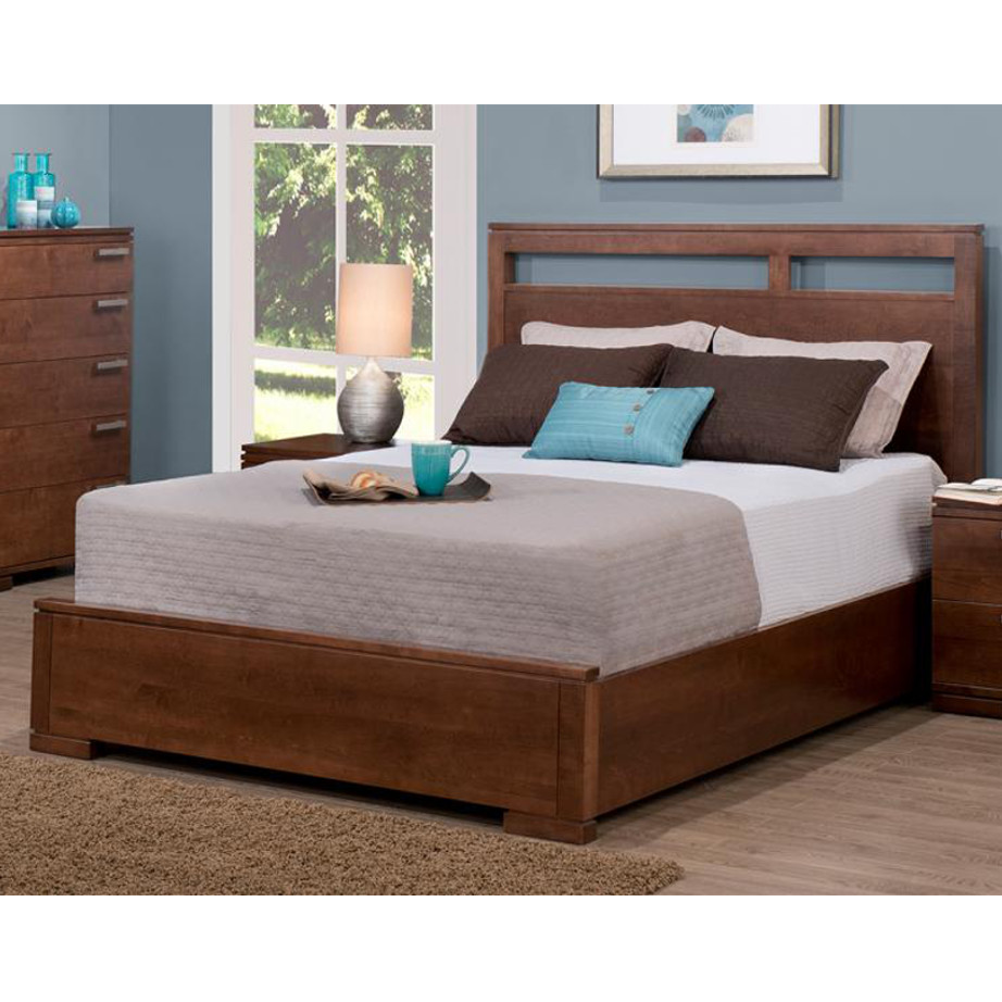 cordova bed, handstone, solid wood, rustic wood, modern, urban, contemporary, maple, cherry, oak, solid wood, made in canada, canadian made, master bedroom, queen bed, king bed,